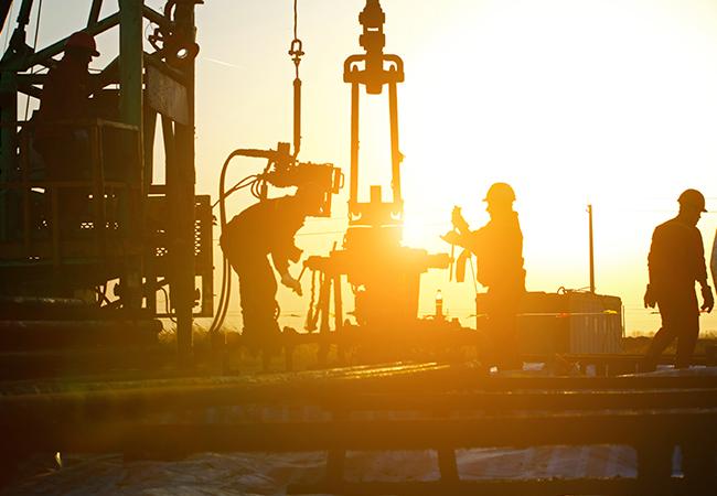 Комплекс исследований рынков нефтедобывающего оборудования и услуг: буровые установки, буровые насосы для установок, EPC-контракты в нефтегазовой отрасли (Honghua Group)