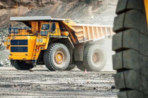 Импорт индустриальных и крупногабаритных шин в РФ